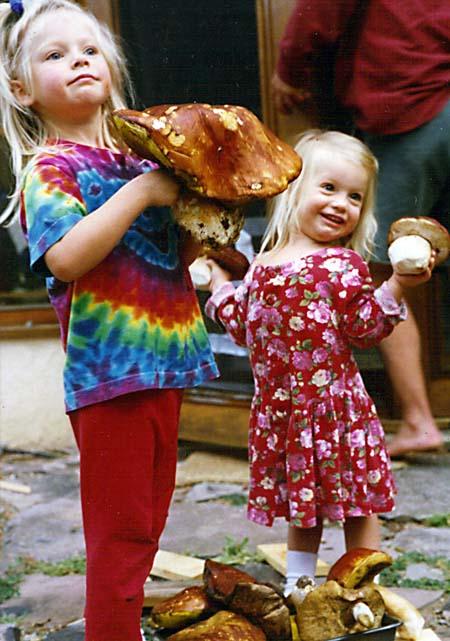 Little girls, big boletes
